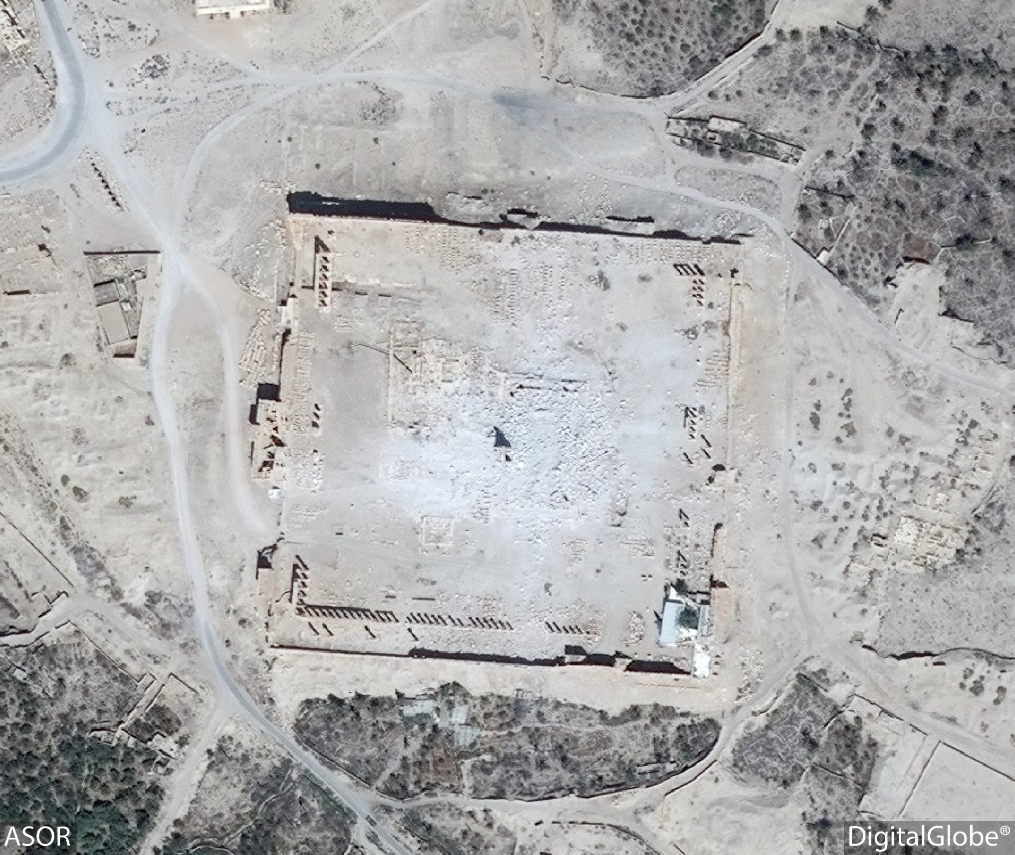 Figure 32. Satellite imagery of the Temple of Bel. Visible damage (DigitalGlobe; September 2, 2015).
